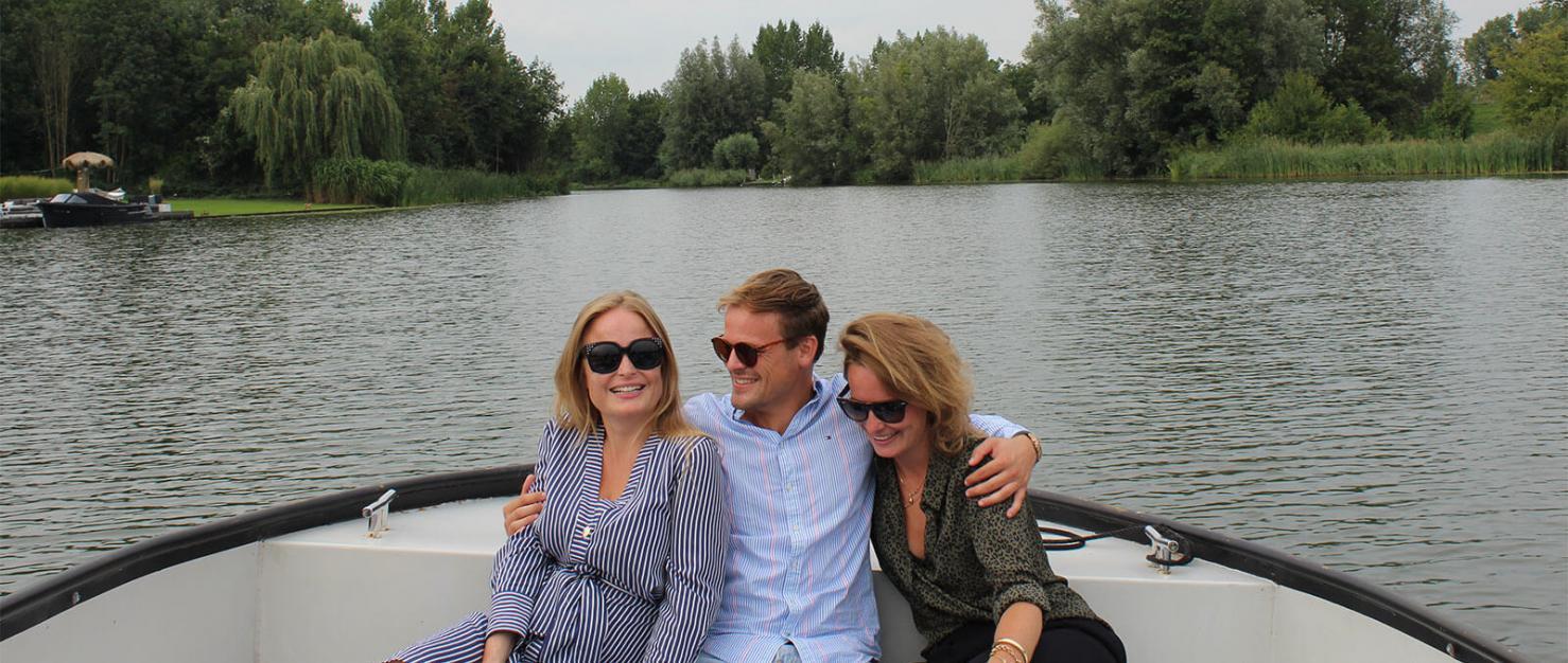 Felice met broer en zus